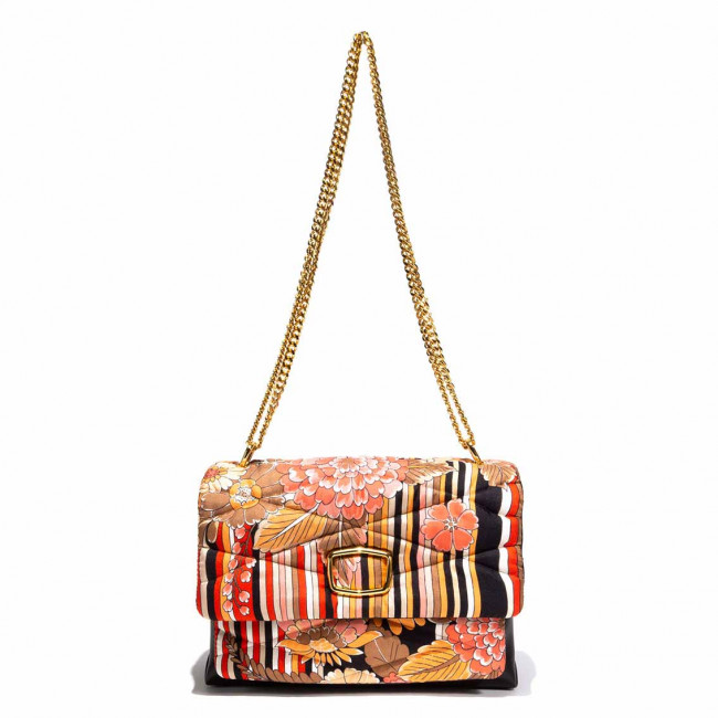 BAG silk fabric and leather matelassé upcycling gold details shoulder bag multi pockets evening uniquemm33 milano mm33 bag mm33 bags mm33 borsa mm33borsa mm33 borse mm33borse mm33italy mm33 italy mm33 italia lucycling upcycling vintage scarf